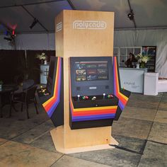 Play Arcade and Kitchen – Kitchen Design Arcade Table, Bartop Arcade, Arcade Game Room, Arcade Fire, Arcade Games, Gaming Desk Gadgets, Diy Arcade Cabinet, Retro Table, At Home Movie Theater