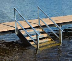 how to build outdoor stairs to a boat dock Deck Boat, Boat Dock, Dock Lighting, Lake Dock, Haus Am See, Lakefront Property, Boat Lift, Lake Cabins, Rustic Design