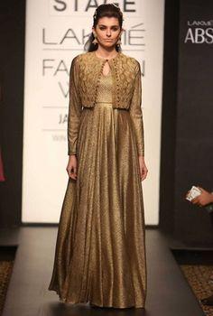 Lakmé Fashion Week – Harshita Chaterjee Deshpande at LFW WF 2014 Indian Attire, Indian Wear, Indian Outfits, Indian Designer Outfits, Designer Gowns, Gown With Jacket, Indian Gowns Dresses, Girls Dresses, Anarkali Dress