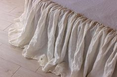 Linen Bedskirt Dust Ruffle Split Corners Organic Stone Washed Bed Skirt Shabby Chic Look Natural col Shabby Chic Bedroom Furniture, Linen Bedroom, Shabby Chic Bedrooms, Bedroom Decor, Teen Bedding, Ruffle Bedding, Chenille Bedspread, Bedding Sets, Vintage Shabby Chic