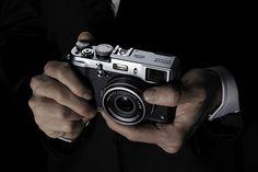 X100s, Fujifilm poursuit l'aventure compact à grand capteur avec un APS-C 16 Mpx X-Trans.