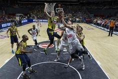 Eight-time Euroleague champions Real Madrid and triple former winners Olympiakos Piraeus reached the premier club competition's final with contrasting wins on May 15