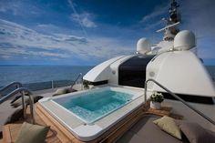 mega-yacht-08