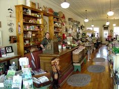 Hugs and Keepsakes: A VISIT TO THE OLD COUNTRY GENERAL STORE
