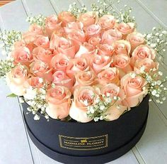 New Flowers Bouquet Gift Floral Arrangements Mom Ideas Luxury Flowers, Pretty Flowers, Fresh Flowers, White Flowers, Exotic Flowers, Yellow Roses, Purple Flowers, Flower Box Gift, Flower Boxes