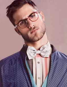 I like the bowtie / glasses combo. not sure I could do it, but eh.