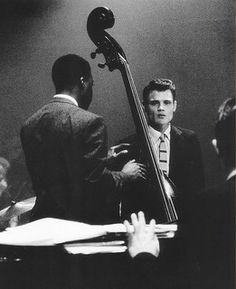 Photography and Jazz Lovers — Baker Beautiful photo Cool Jazz, Jazz Artists, Jazz Musicians, Music Icon, My Music, Melody Gardot, Jazz Cat, Chet Baker, Musician Photography