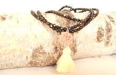 Bead necklace with pink dahlia & cream tassel Dis Bibisse