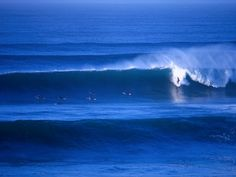 hyett-rodney-surfers-at-bells-beach-torquay-australia