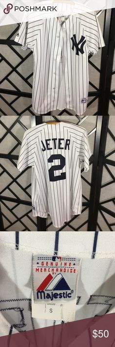 Majestic New York Yankees Jersey Shirt Perfect! Perfect condition! Majestic Shirts