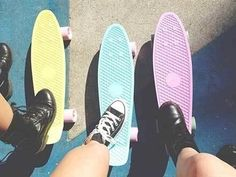 You'll most likely fall trying to skate with combat boots on Penny Skateboard, Skateboard Design, Skates Penny, Pastel Penny Board, Pale Tumblr, Tumblr Quality, Skate Girl, Summer Aesthetic, Powerpuff Girls