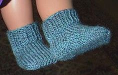 Free pattern, American Girl doll socks with variations.