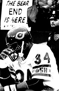 Walter Payton of the Bears contemplates the final moments of the 1984 NFC Championship Game against the San Francisco 49ers in Candlestick Park, which the Niners won 23-0 on their way to winning the Super Bowl. Payton and his Bears gained a measure of revenge during the 1985 campaign, beating the Niners 26-10 in October. The mighty Bears were all but invincible in 1985; losing but one time (on a Monday night in Miami). They crushed the Giants and Rams in the playoffs (allowing not a single…