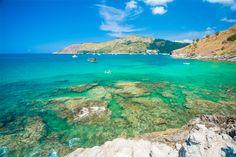 La Thaïlande, c'est aussi ses plages aux décors des cartes postales qui font d'elle l'une des destinations le plus prisé des voyageurs. Phuket et tant d'autres sont des excellents endroits pour faire le farniente, se relaxer, faire des activités aquatiques …  http://tanirikka-travels.com/tour/thailande-des-montagnes-du-nord-aux-plages-du-sud/