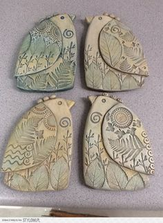 My new clay birds! By Sue Davis of Davis Vachon gallery by nikki by rosalieYou can find Clay birds and more on our website.My new clay birds! Clay Birds, Ceramic Birds, Ceramic Clay, Clay Clay, Slab Pottery, Ceramic Pottery, Polymer Clay Art, Polymer Clay Jewelry, Clay Angel
