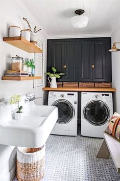 Monica stewart black and white laundry room fantastic farmhouse stylish and functional small laundry rooms ideas for home decorating interior decor ideas Laundry Bathroom Combo, White Laundry Rooms, Mudroom Laundry Room, Farmhouse Laundry Room, Laundry Room Design, Basement Bathroom, Bathroom Closet, Bathroom Black, Small Bathroom