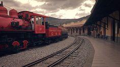 Video: De un vagón de carga de 1947 a un vagón que transporta cultura: el Vagón del Saber. #arquitectura #diseño #Quito #Ecuador