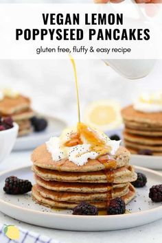 These vegan lemon poppyseed pancakes are light, fluffy and so easy to make. This healthy recipe makes the perfect vegan and gluten free breakfast. These pancakes are perfect topped with coconut yogurt, blueberries and maple syrup! #pancakes #veganpancakes #lemonpopyseedpancakes Gluten Free Recipes For Breakfast, Healthy Summer Recipes, Gluten Free Breakfasts, Vegan Recipes Easy, Pancakes Easy, Pancakes And Waffles, Vegetarian Brunch, Healthy Brunch, Healthy Treats