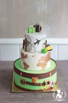 Travel wedding cake - world map, suitcase