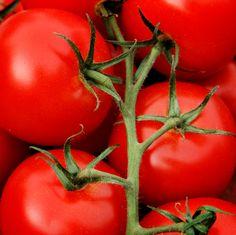 http://www.vidaysalud.com/daily/medicina-natural/comer-mas-tomates-puede-reducir-el-riesgo-de-accidente-cerebrovascular-acv/