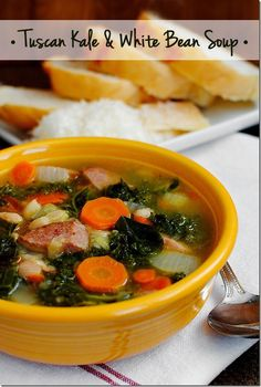Tuscan Kale & White Bean Soup is hearty yet light, gluten-free, and packed with vegetables and kielbasa. The perfect cold-weather soup! White Bean Soup, White Beans, Fall Soup Recipes, Dinner Recipes, Crockpot, Soup And Salad, Kale Soup, Quinoa Soup, Veggie Soup