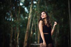 Good Poses, Outdoor Fashion, Photos Tumblr, Fashion Poses, Girl Photography Poses, Photo Poses, Girl Photos, Photoshoot, Book Binding