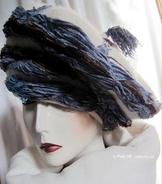 winter bonnet beret style Mongolian cream white par MatheHBcouture