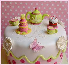 Close-up Teatime Cake by Fantasticakes (Cécile) #EasyPin