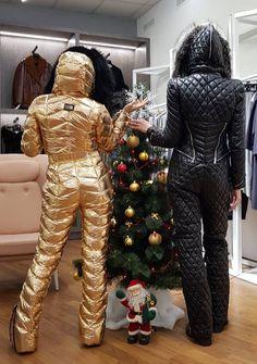 https://flic.kr/p/21QpcGU | odri gold and black suits1