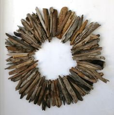 Your place where you can buy and sell everything handmade Large driftwood wreath, rustic home decor, beach home decor by PeaceLoveDriftwood on Etsy w Driftwood Wreath, Driftwood Projects, Driftwood Art, Driftwood Ideas, Wreaths For Front Door, Door Wreaths, Beach Interior Design, Western Furniture, Beach Crafts