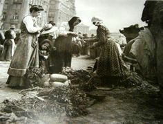 Vegetable market in Vienna, ca. 1900
