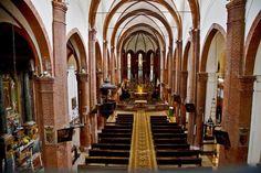 Intérieur de l'église gothique San Domenico