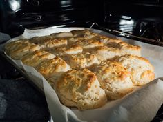 Better than Duff's. esp if you fold them a couple times. You'll want these biscuits on your breakfast table! They're so fluffy, buttery, and incredibly tender. You won't be able to just eat one! Fluffy Biscuits, Buttery Biscuits, Buttermilk Biscuits, Keto Biscuits, Homemade Biscuits Recipe, Biscuit Recipe, All You Need Is, Bread Recipes, Baking Recipes