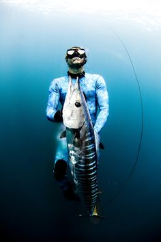 All photos © Eyeconic Images. Spearfishing is a type of hunting done with underwater guns, harpoons and strong line. Freediving is a type of breath-hold diving Fishing Life, Sea Fishing, Gone Fishing, Saltwater Fishing, Surf, Offshore Fishing, Underwater Photography, Underwater Photos, Big Fish