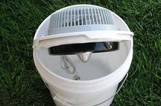 DIY Portable Bucket Air Conditioner (with Pictures) Bucket Air Conditioner, Diy Air Conditioner, Portable Toilet For Camping, Camping Toilet, Hurricane Preparedness Kit, Diy Ac, Portable Water Filter, Pipe Table, Ares