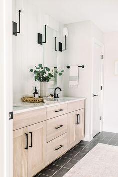 White Oak Master Bath - Hazeltine 4C home plan - Ankeny custom - Caliber Homes Iowa