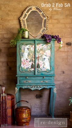 Funky Painted Furniture, Bohemian Furniture, Refurbished Furniture, Colorful Furniture, Paint Furniture, Upcycled Furniture, Shabby Chic Furniture, Furniture Projects, Vintage Furniture