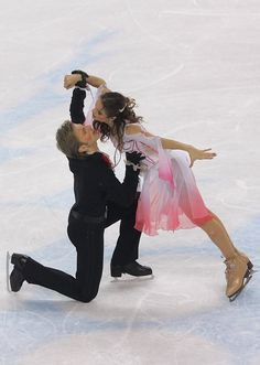 Margarita Drobiazko and Povilas Vanagas of Lithuania perform during the Free Dance program of the figure skating during Day 10 of the Turin 2006 Winter Olympic Games on February 20, 2006 at Palavela in Turin, Italy.