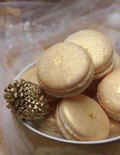 Gold macaroons