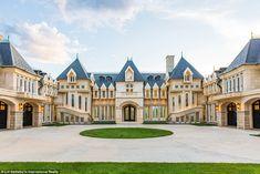 600 Chateau V Rd Evergreen, Colorado Evergreen Colorado, Mega Mansions, Luxury Mansions, Dream Mansion, Home Decoracion, Dream House Interior, Biltmore Estate, Modern Mansion, Inspired Homes