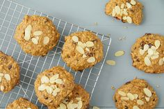 Biscuits à déjeuner aux amandes et aux dattes | La ressource numéro un pour les recettes, trucs et techniques culinaires! Consultez des vidéos de cuisine, des recettes testées et partagez avec la communauté.