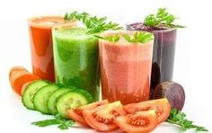 According to multiple scientific studies, juicing is one of the most effective ways to prevent chronic diseases including cancer, diabetes, and heart disease. It is actually a hidden remedy for many cancer patients. The cancer-fighting juice recipes inclu Dietas Detox, Detox Kur, Smoothie Detox, Smoothie Recipes, Juice Recipes, Body Detox, Fruit Detox, Juice Smoothie, Detox Plan