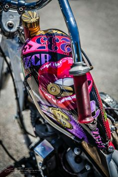 Epic Firetruck's Motor'sicle Paint – Jean Paul Defay Photographie ~ – Best Motorcycles Custom Motorcycle Paint Jobs, Custom Motorcycle Helmets, Motorcycle Tank, Custom Paint Jobs, Custom Motorcycles, Custom Bikes, Bobber Custom, Custom Tanks, Motorcycle Exhaust