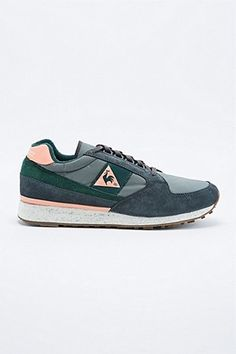 Le Coq Sportif Eclat Outdoor Trainers in Pineneedle Green - Urban Outfitters