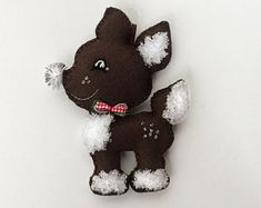 Festive Christmas Felt Decoration Reindeer (Deer, Doe, Handmade Christmas Tree Felt Ornament, Made with a Sparkling Bowtie)