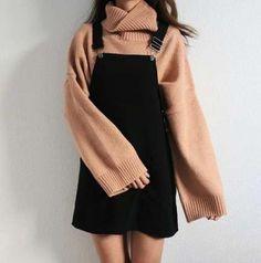 25 koreanische Outfits die cool und modisch aussehen New Ideas korean fashion Kawaii Fashion, Cute Fashion, Fashion Clothes, Fashion Ideas, Trendy Fashion, Fashion Boots, Nail Fashion, Autumn Teen Fashion, Classy Fashion