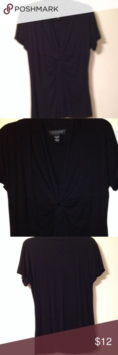Black top Cable & Gauge v-neck top with knotted detail on front.  Soft viscose & spandex Cable & Gauge Tops