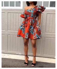 African Dresses For Kids, African Maxi Dresses, Ankara Dress Styles, Latest African Fashion Dresses, African Attire, African Dress Styles, Modern African Print Dresses, Nigerian Dress Styles, Short Ankara Dresses