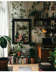 Best Retro home decor ideas - Super Elegant retro plans. retro home decor ideas plants wonderful tip number 1681206313 shared on this day 20190518 My New Room, My Room, Dorm Room, Living Room Decor, Bedroom Decor, Bedroom Ideas, Bedroom Green, Bedroom Inspo, Library Bedroom