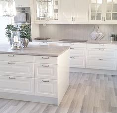 45 Fabulous Luxury White Kitchen Design Ideas For Dream Homes - More often than not, you would choose a white kitchen renovation if you are a person who yearns for spotless and sleek design for your home space. Home Decor Kitchen, Dream Kitchen, Kitchen Remodel, Kitchen Decor, Interior Design Kitchen, White Kitchen Cabinets, Home Kitchens, Kitchen Renovation, Kitchen Design